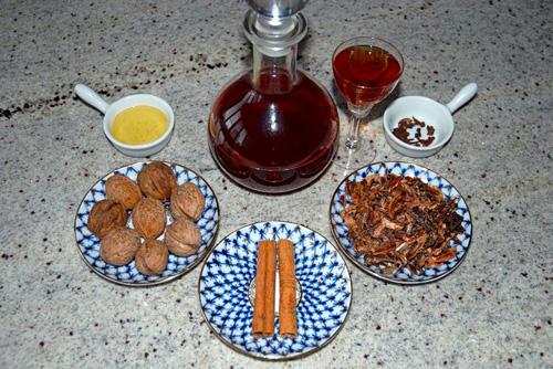 Как приготовить настойку на перегородках грецкого ореха