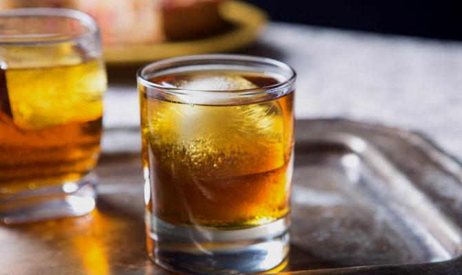 Готовим алкогольные коктейли с колой