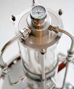 подарочный стеклянный самогонный аппарат