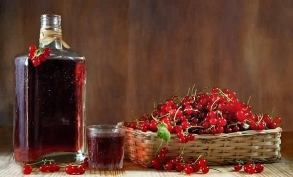 Сухое вино из ягод