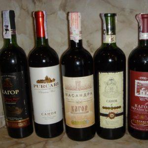 Вино кагор в бутылках