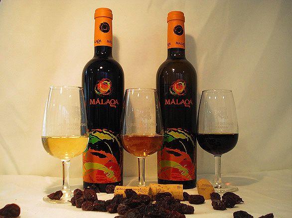 Десертное вино в бутылках