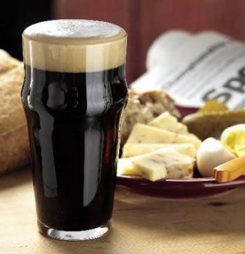 Темное пиво и снедь к пиву