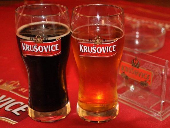 Темное чешское пиво