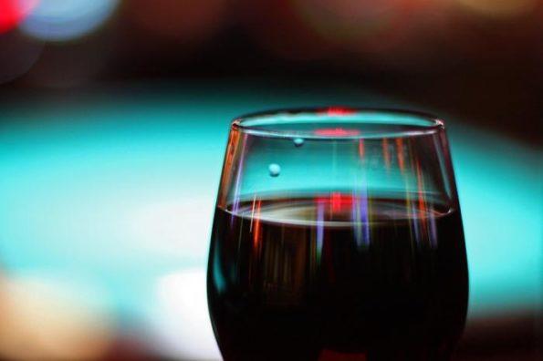 Через сколько часов алкоголь выходит из крови