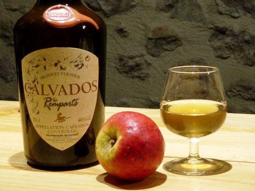 яблочный бренди