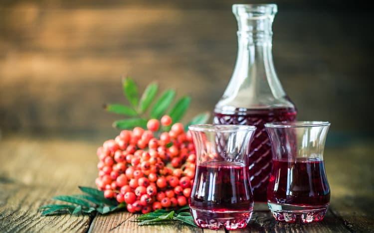 Рябиновое вино в домашних условиях