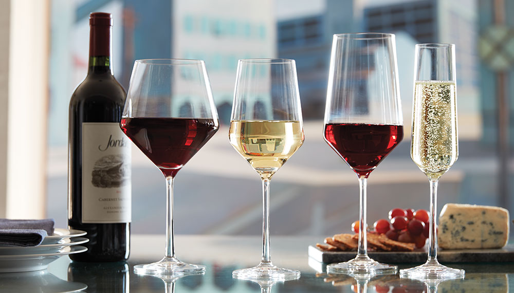 Как оформить алкоголь в подарок