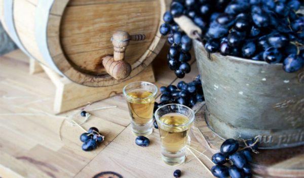 Рецепты приготовления самогона из винограда