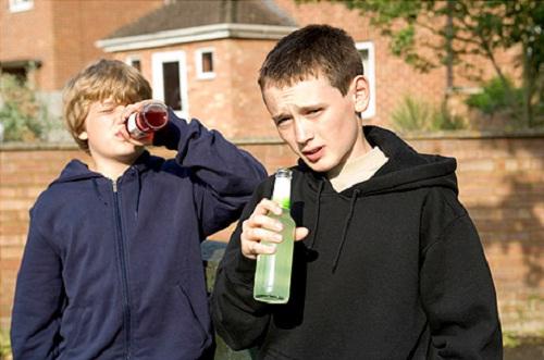 Почему люди пьют спиртное