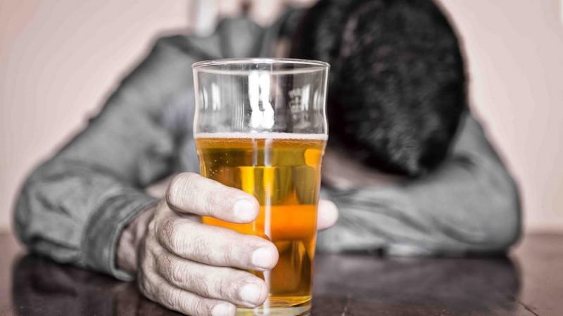 Изучим стадии алкоголизма
