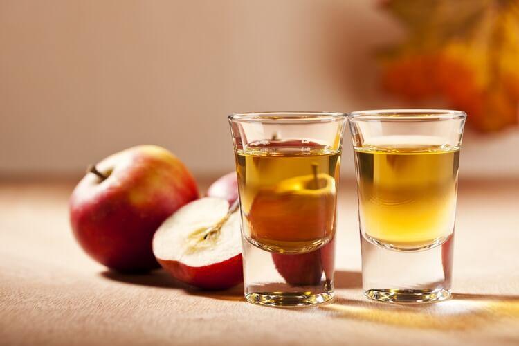 Делаем самогон из яблок